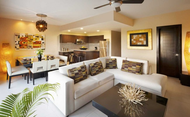 AZF_Sky_Suite_524_Living_Room_B-Large