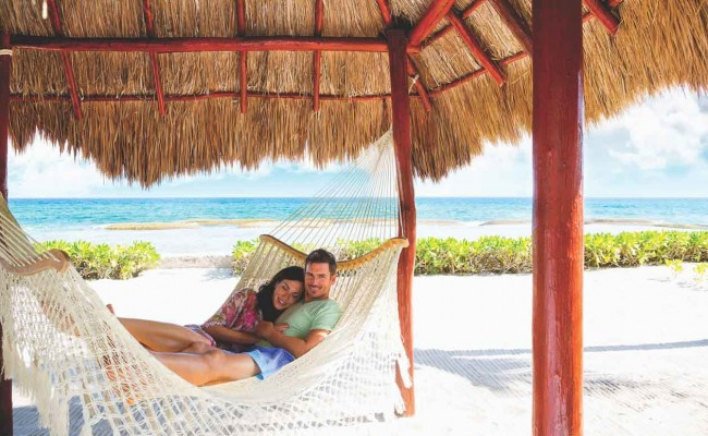 EDR_Couple_Hammock_E