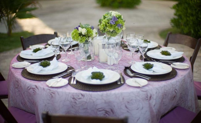 Colonial_Charm_Reception_Table_